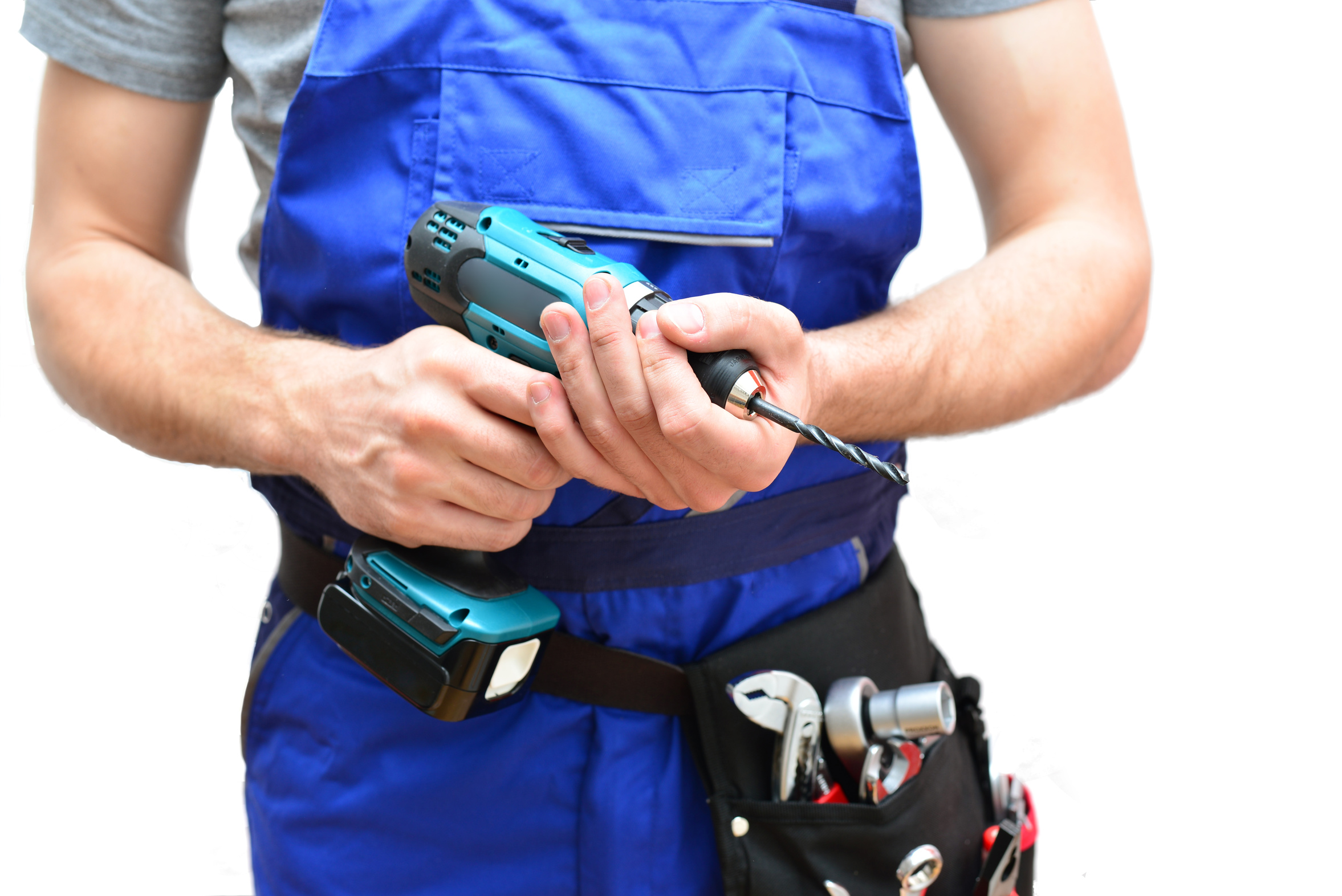 Handwerker mit Akkuschrauber und Werkzeuggürtel
